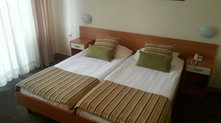 hotel-aleksandar-nis-standardna-dvokrevetna-soba-3