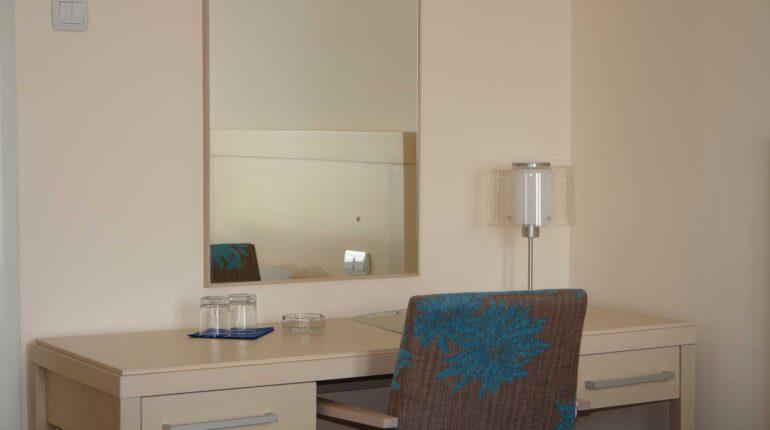 hotel-aleksandar-nis-rooms-luxury-apartment-01