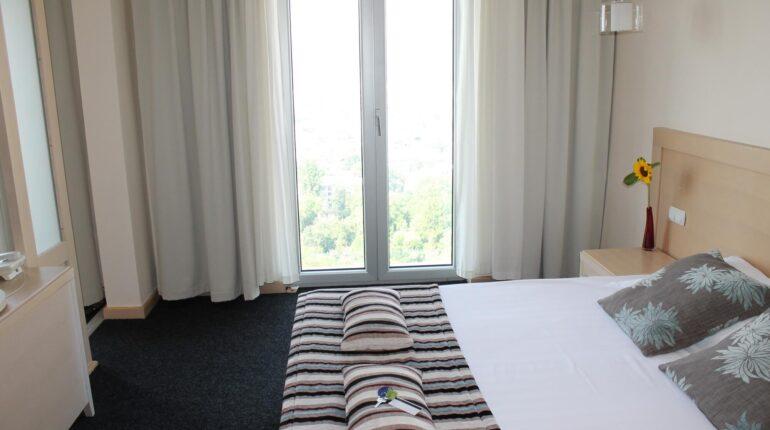 hotel-marica-nis-sobe-porodicna-soba-02