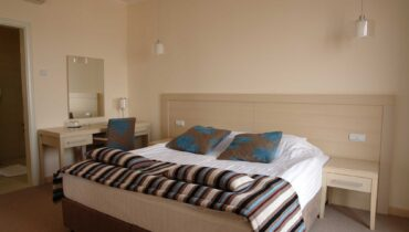 hotel-marica-nis-standard-room-double-bed